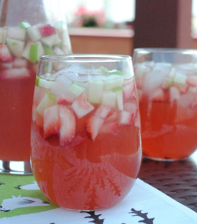 Rosé Grapefruit Sangria